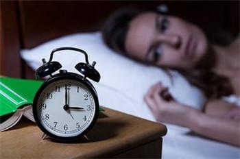 失眠的常见表现是什么呢