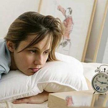 晚上睡前不宜吃什么水果
